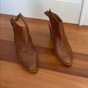 Sling back high heel bootie leather